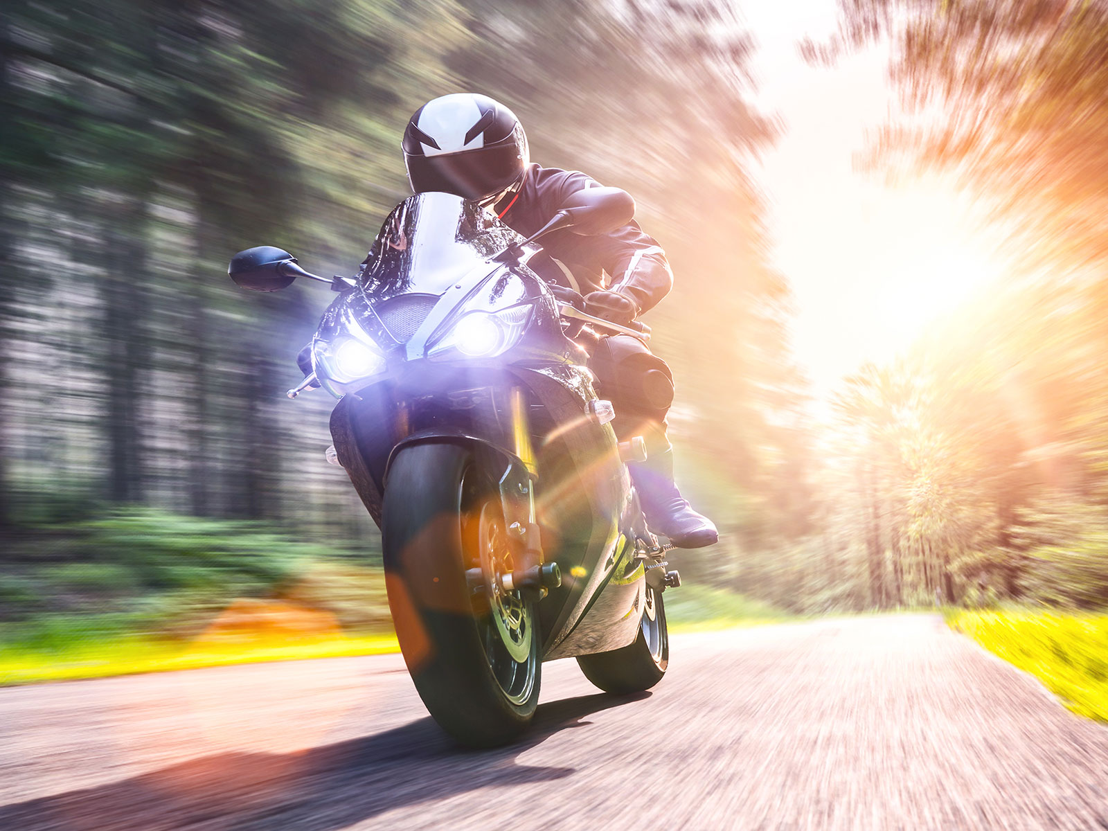 Motorcycle Accident Lawyer Woodland Hills - The Law Office of Kenneth L. Snyder